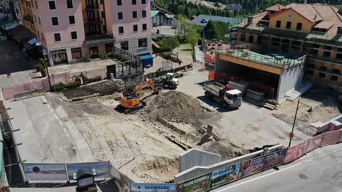 Folgaria - cantiere - piazza Marconi