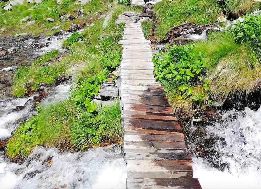 montagna estate passeggiate camminate torrenti parco