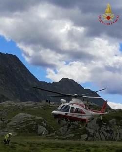 Elicottero - vigili del fuoco - lago Emet