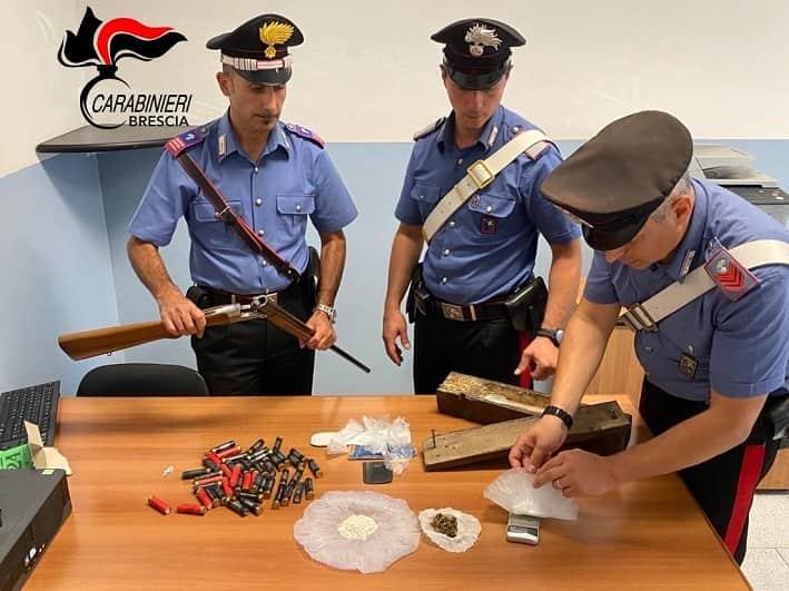 Esine - carabinieri