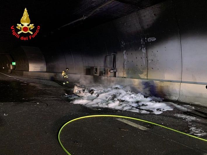 Incendio galleria Sellero Berzo Demo